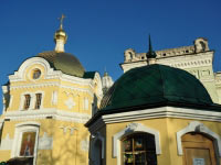 Купол церкви на територии Киево-Печерской Лавры, шашка, медь классическая, позолоченная сусальным золотом.