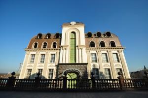 Медна кровля шашкой, жилой дом в Киеве