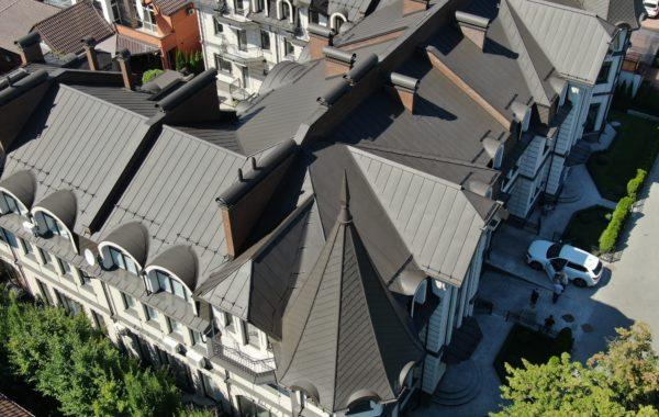 Дом на ул. Зверинецкой 10 в Киеве