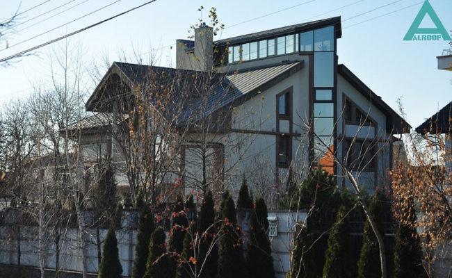 Дом на ул. Зверинецкой 24A